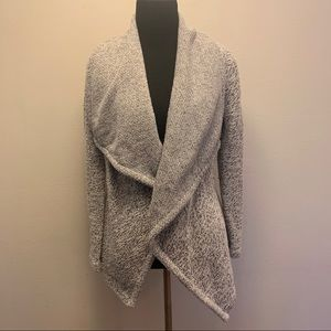 BNCI Blanc Noir Tweed Cardigan Sweater B15-805